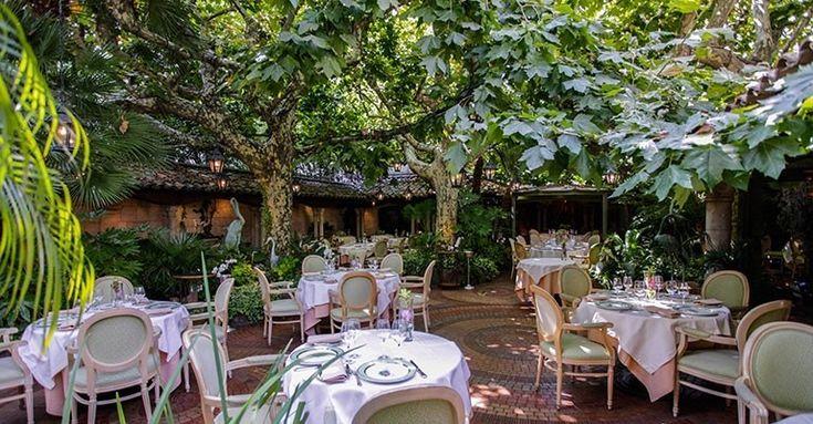 Restaurant l'Oasis** à Mandelieu La Napoule, 06
