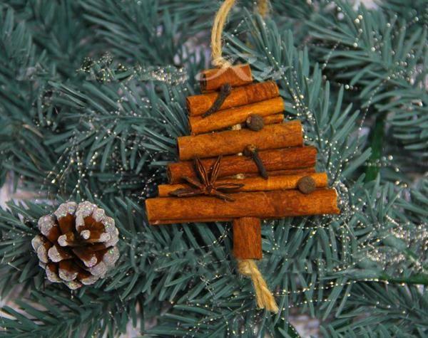 green holiday decor, eco friendly christmas decorating ideas