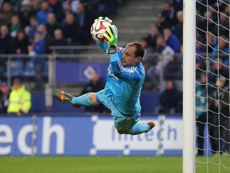 Torwart Jaroslav Drobny kann sich gut vorstellen, beim HSV zu bleiben. Foto: Axel Heimken