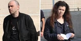 Διαστάσεις απρόσμενης κοινωνικής χιονοστιβάδας παίρνει η ομηρία από φορείς του Ελληνικού κράτους , του 6 χρονου γιου της Πώλα Ρούπα , η οποία συνελήφθει χτες για υποθέσεις «τρομοκρατίας».