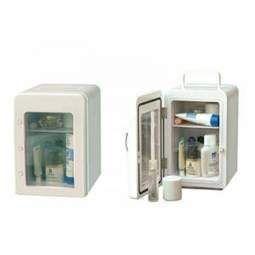 Холодильники для косметики удобны и практичны в любых условиях    Холодильник для косметики может использоваться как для домашних, так и для профессиональных целей. Некоторые модели имеют небольшие габариты, оптимальные для домашнего использования и хранения малого количества препаратов. Холодильники побольше подойдут косметологам для хранения профессиональных масок, кремов и других быстропортящихся средств. Кроме того, во многих холодильниках предусмотрено несколько температурных режимов и…