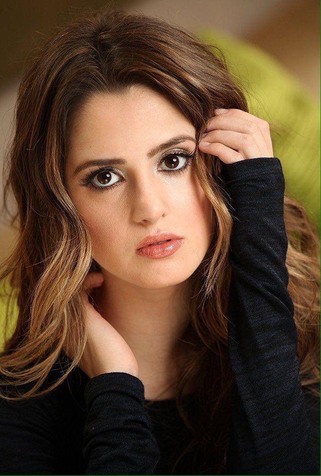 The beautiful Laura Marano!!!