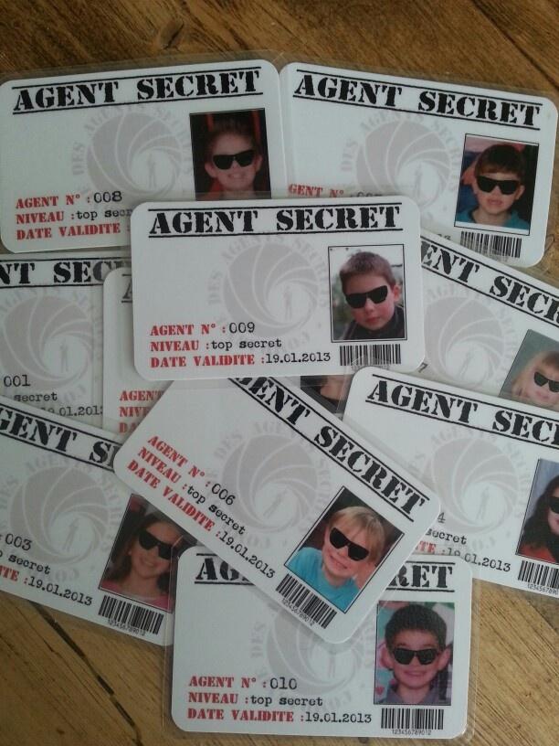 Anniversaire agent secret - Carte professionnelle pour accder au site !