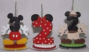 Resultado de imagem para Vela Do Mickey Em Biscuit