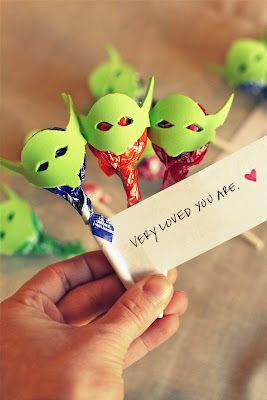Yoda Pops. My husband may want these for his next Birthday party.