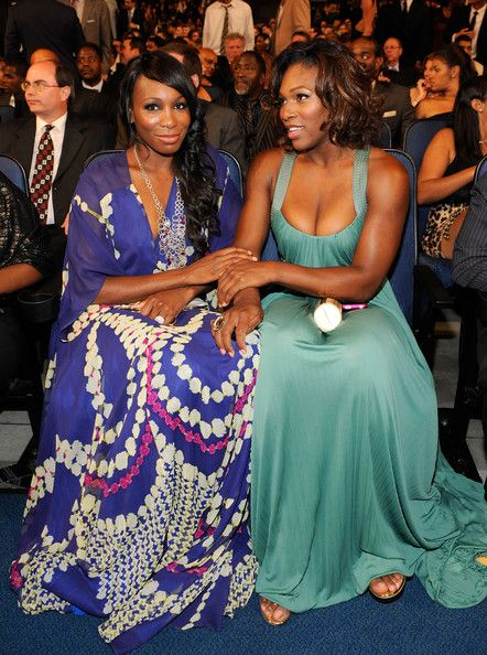 Venus and Serena looking glam as hell