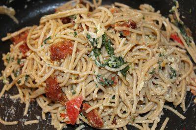 Marias Madside: Spaghetti carbonara med spinat og tomat