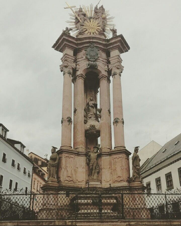 The plague column
