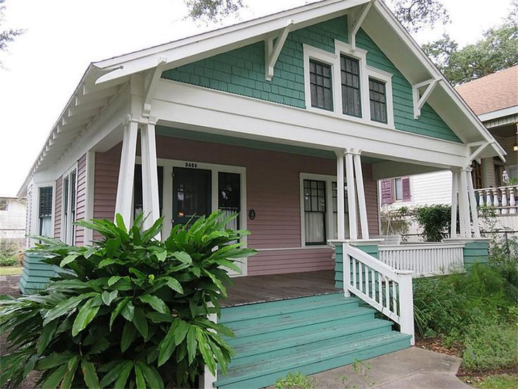 1828 best bungalow homes images on pinterest bungalow for Craftsman style homes for sale in texas