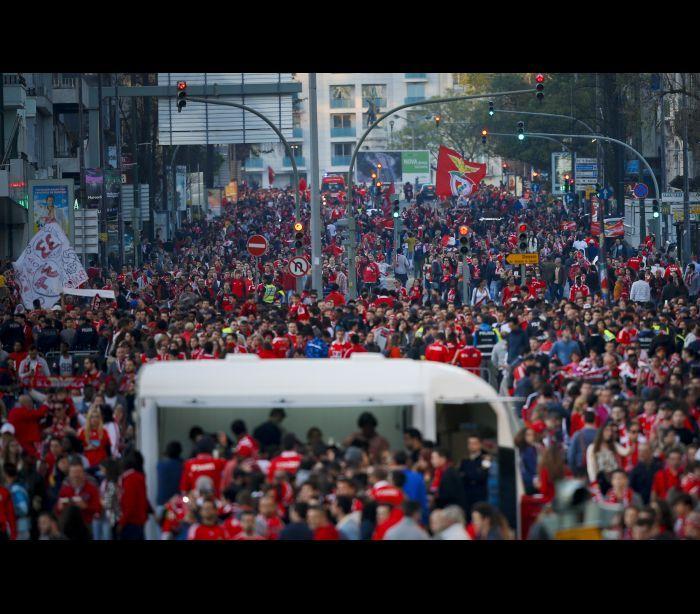 Benfica - TriCampeão de futebol!!! Bicampeão Nacional e Europeu de Hóquei em Patins!!!??? 15-05-2016