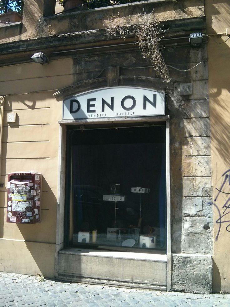 Denon, distribuidor oficial. Roma.