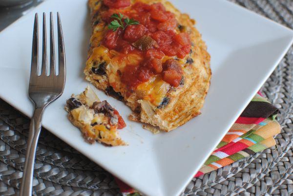 Southwestern Black Bean Omelet | food to make | Pinterest