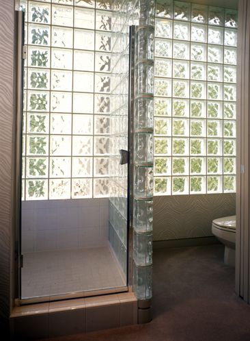 31 best a shower room for me images on pinterest for Glass block window design ideas