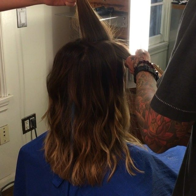 How to achieve undone waves   1.25 curling iron   go different directions when curling