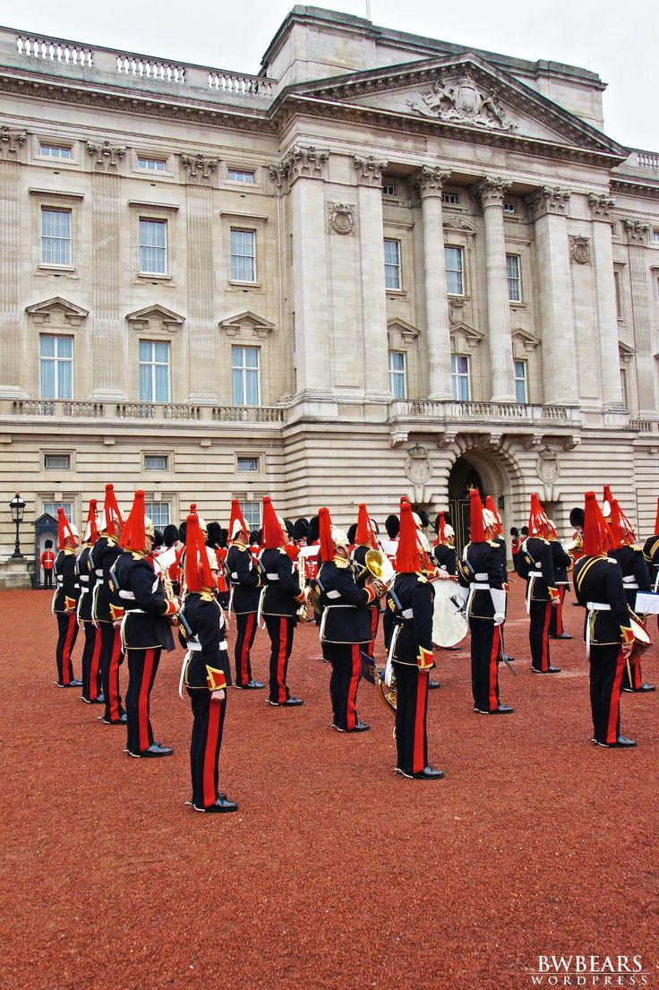 Changing the Guard, Buckingham Palace, London, England, UK