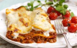 This is insanely delicious! nothing beats a good homemade gluten free lasagne! #GlutenAllergy