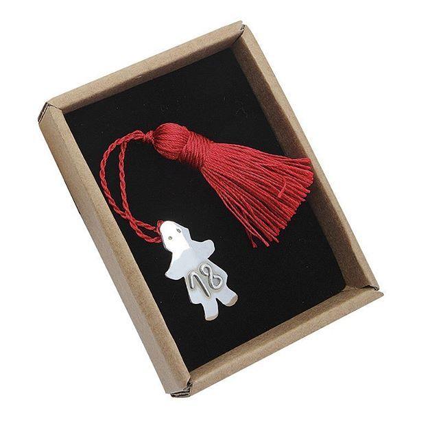 Handmade Christmas charm / Classic Girl #handmade #handmadejewelry #lucky #christmas #charm #charms #silver #silverjewelry #silver925 #picart #2018 #γουρια #ασημι #χριστούγεννα