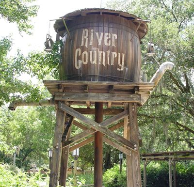 24 Unbelievable Pics of Walt Disney World's Abandoned River Country Attraction