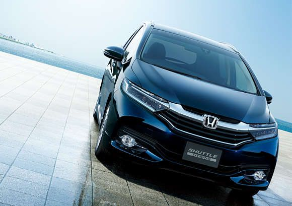 Honda Begins Sales of All-New Honda SHUTTLE Compact Station Wagon