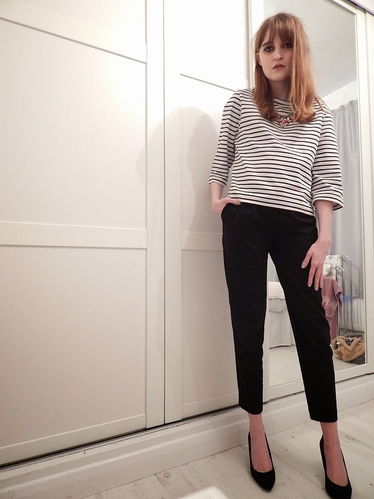 striped top, statement necklace, black cigarette pants, pointy kitten heels