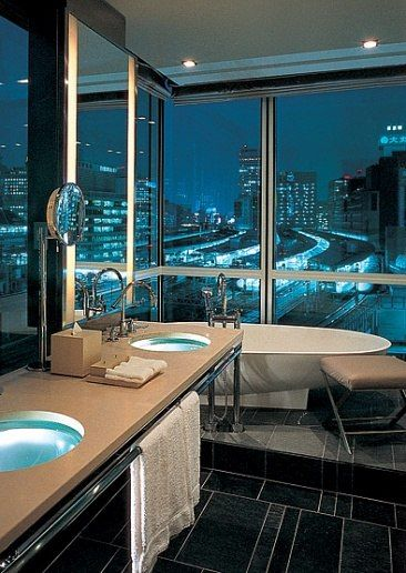 A bath with glass sinks looks out over the lights of Tokyo.: Luxury Bathroom, Modern Bathroom, Dreams, Window, Four Seasons, The View, Cities Living, Cities View, Cities Lights