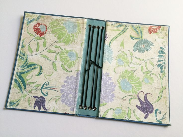 DIY Midori Notebook with old book cover - so clever!