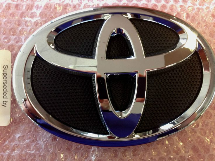 GENUINE TOYOTA CAMRY 2012 2013 FRONT GRILLE EMBLEM OEM BRAND NEW #Toyota