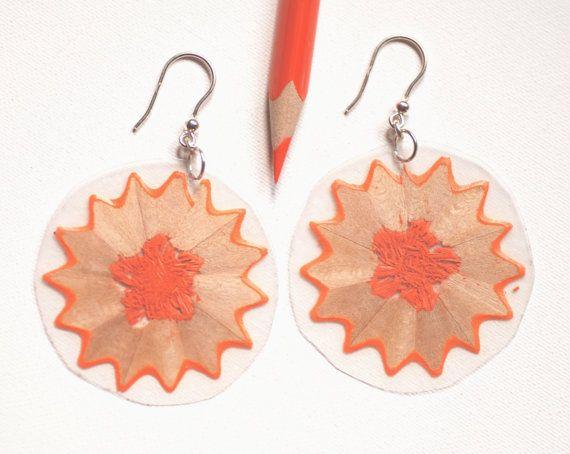 MIRò: orecchini in plastica trasparente con interno in matita colorata e gancio in argento925