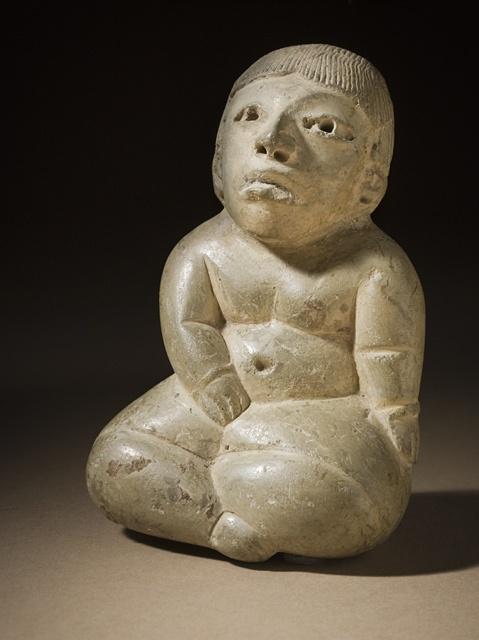 Honduras, Ulúa Valley, Playa de los Muertos Seated Figure, 900-600 B.C.  Sculpture, Compacted clay, 4 x 2 3/4 x 1 3/4 in. (10.16 x 6.98 x 4.44 cm)  Gift of Lillian Apodaca Weiner (M.2000.27)