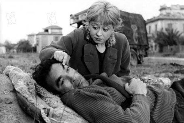 Giulietta Masina & Antony Quinn - La Strada (Federico Fellini, 1954)