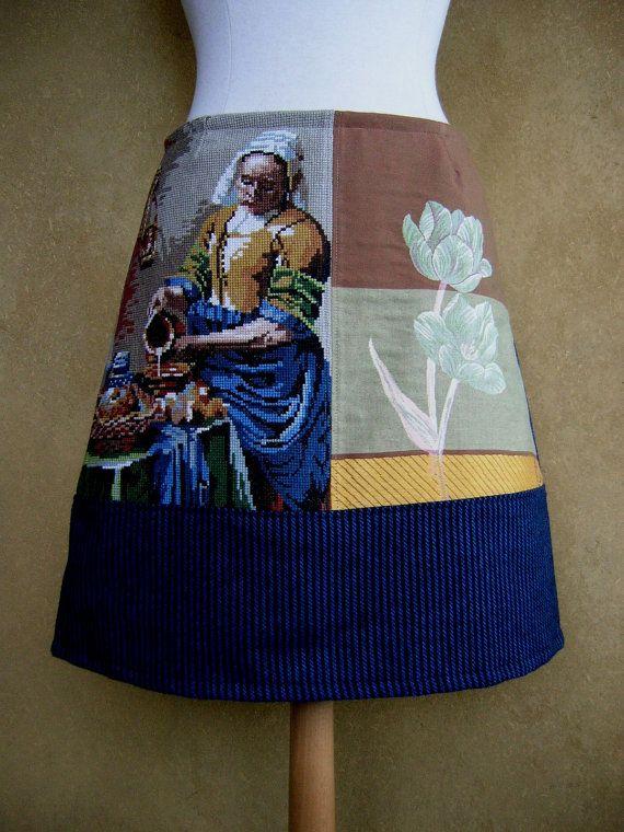 A- lijn rok van wol, gobelin en vintage borduurwerk. Gevoerd.    De rok is gemaakt van zachte wol met fijne blauwe en zwarte strepen.  Het Melkmeisje