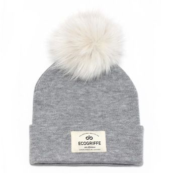 Light gray beanie with detachable fur pompon, Ecogriffe