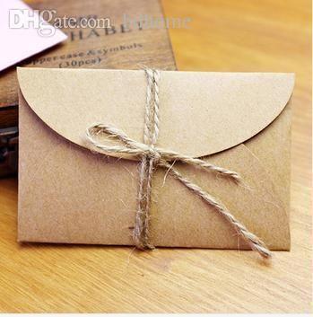 Trova i migliori busta di carta fatta a mano all'ingrosso-mini kraft 5.8x9cm 200pcs / lot per la carta di invito a una festa di nozze, biglietto da visita, l'imballaggio a prezzi all'ingrosso da fornitori cinesi da bdhome di forniture per eventi & feste su it.dhgate.com.