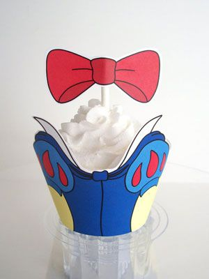 Google Image Result for http://www.teen.com/wp-content/uploads/2012/05/snow-white-cupcake.jpg