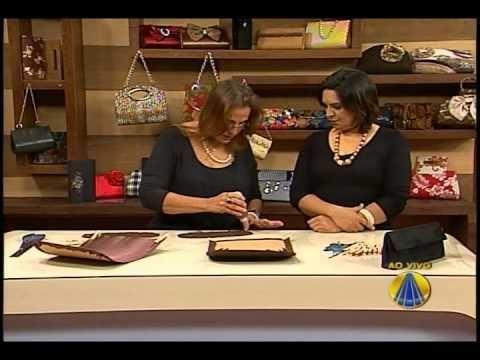 Carteira de Festa em renda com aba, ensinada pela artesã Mardinéia Braga no programa SABOR DE VIDA.