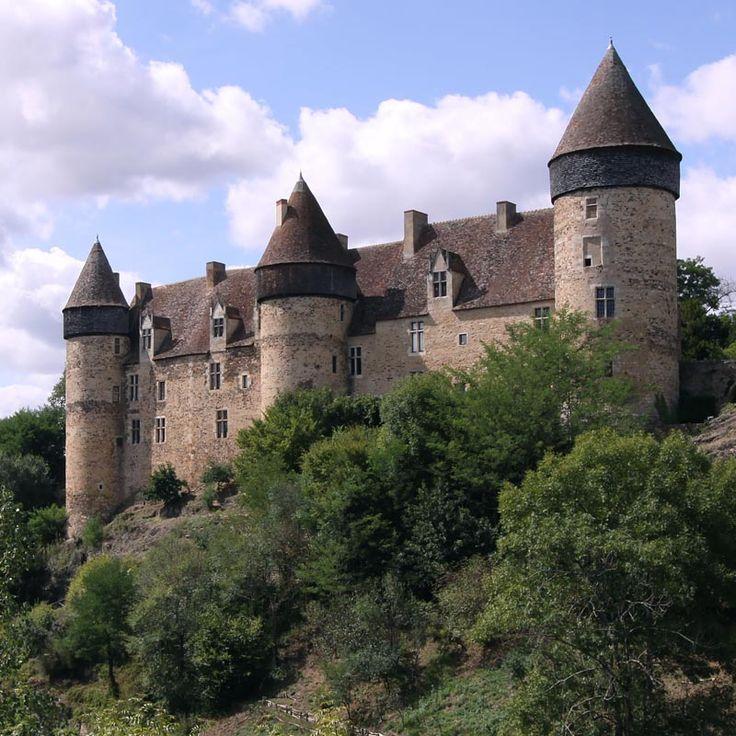 Château de Culan                                                                                                                                                                                 Plus