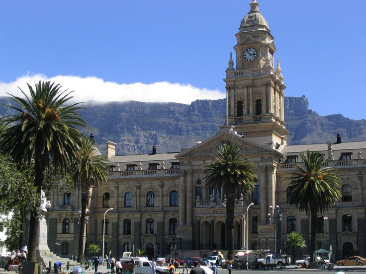 This is the Cape Town City Hall, home of the legislative branch in South African Government