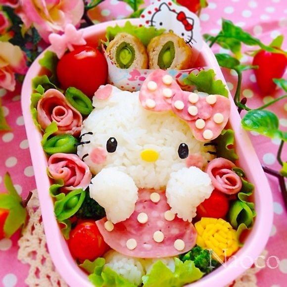 Hello Kitty bento w edamame ham roses