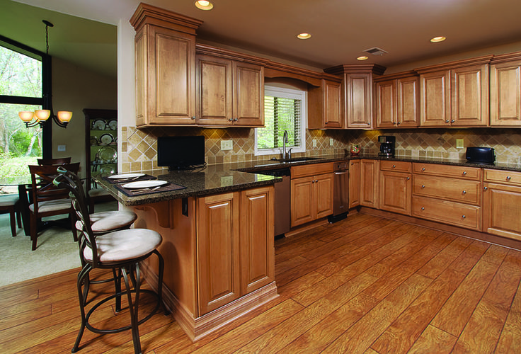 Glazed Maple Cabinets With Granite Countertops And