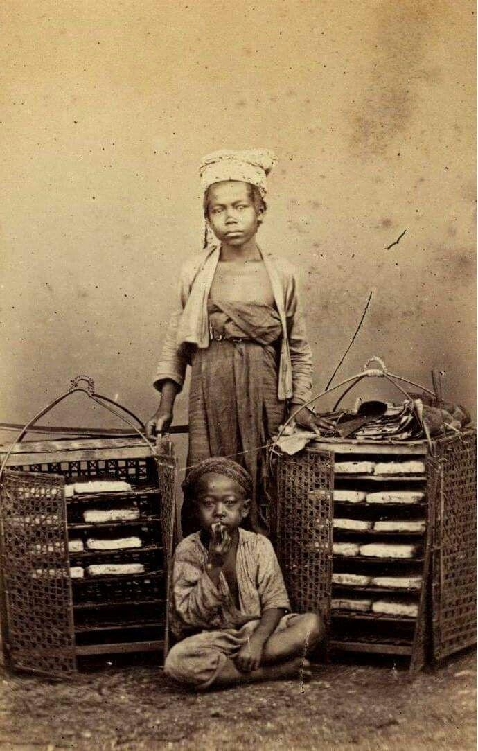 Potret seorang pedagang oncom, 1868 ( koleksi KITLV)