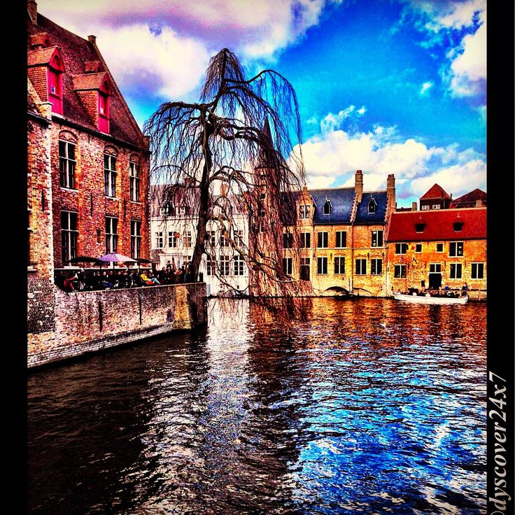 Colors at the Canal - Brugge, Belgium