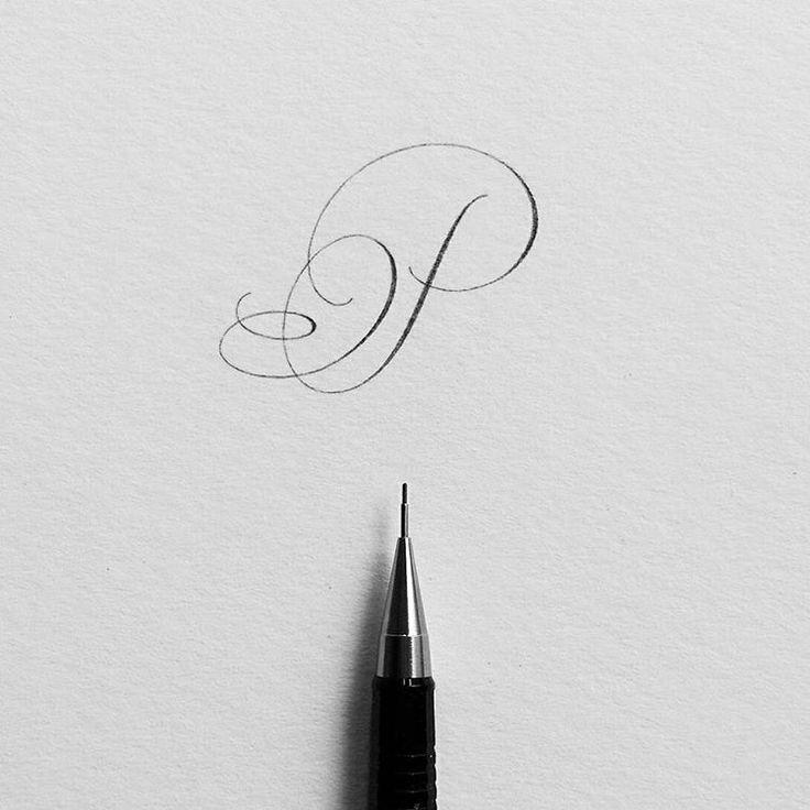 Ich denke darüber nach, eine mit Bleistift beschriftete Alphabetserie zu beginnen, aber mit einer Wendung. T …