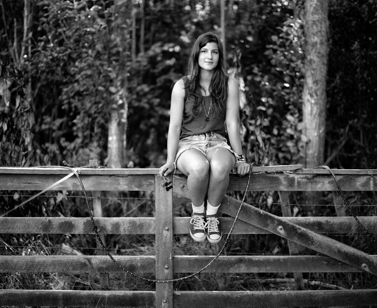 Solomon Mortimer, Fence girl, 2012