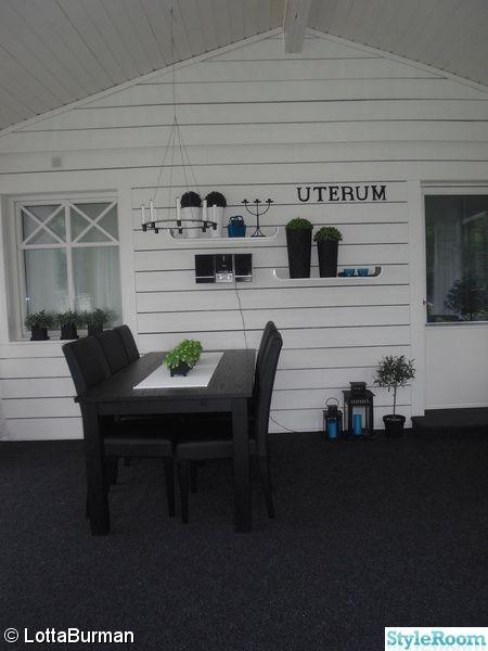 uterum,altan,inglasning,svart bord,trävägg,svart/vitt,full takhöjd