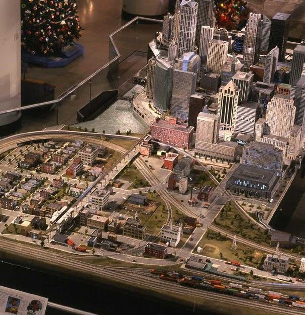 Part of HO exhibit showing Chicago at Museum of Science & History