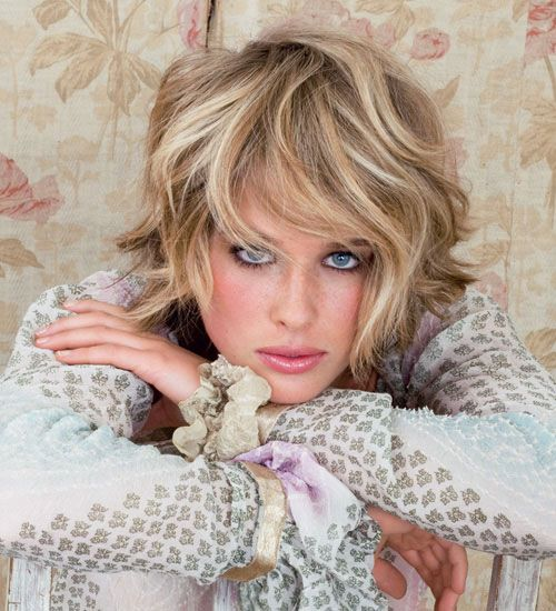 Short Wavy Hairstyles Ese : 138 best hair bobs images on pinterest