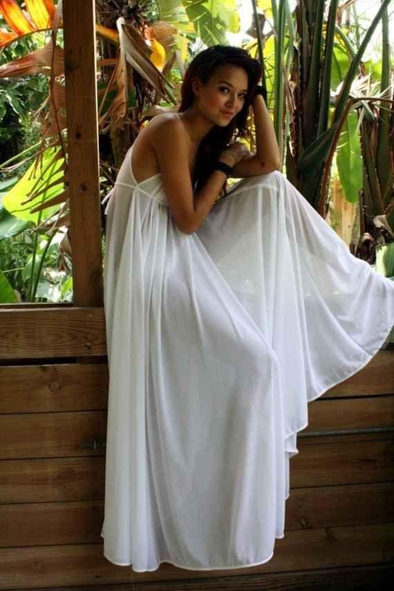 Grecian Nightgown   35 Dreamy Wedding Lingerie Ideas
