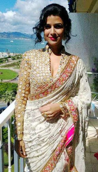 Nimrat Kaur - looking gorgeous in this sari and blouse