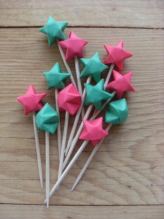 origami stars :) - Pinchitos de estrellas origami