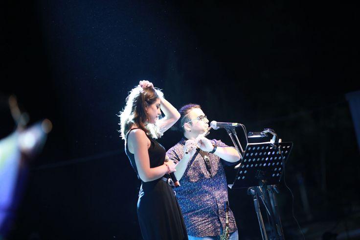Εκπληκτική η τελευταία εκδήλωση του φετινού Φεστιβάλ Αμαρουσίου! Ευχαριστούμε θερμά τους καλλιτέχνες μας, Λαυρέντη Μαχαιρίτσα, Γιάννη Ζουγανέλη και Παυλίνα Βουλγαράκη για την ενέργεια και τις υπέροχες ερμηνείες τους!